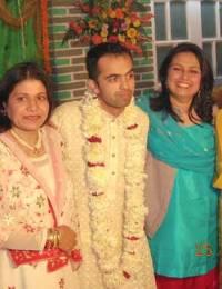 Erum Habib, Mrs. Shahid Zafar, Muneeb, Saeeda, Tahera Zafar Maaz