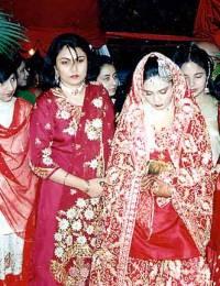 From Left Faiza, 3rd Aysha & Bride